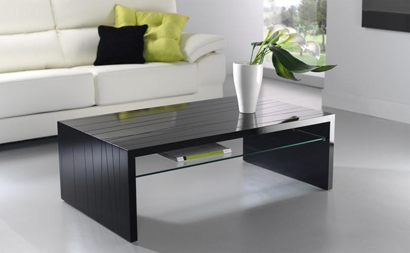 Mesa de centro moderna con tapa grabada for Centros de mesa para comedor