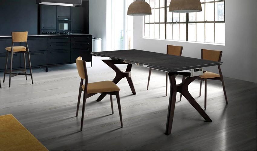 Mesa comedor Extensible con Tapa cerámica y patas de madera Ref Q165000