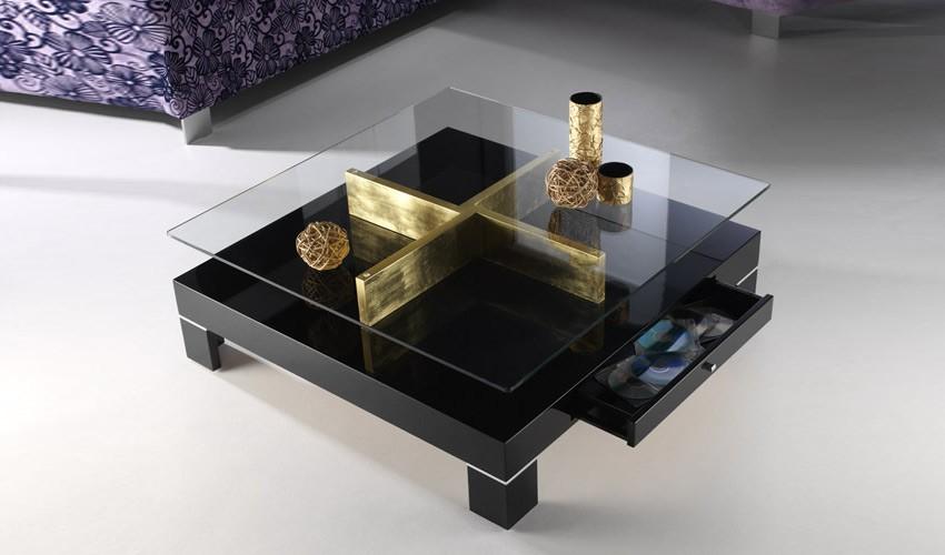 Mesa de centro de dise o tapa cristal for Mesas auxiliares de diseno
