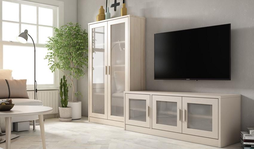 Salón comedor formado módulo bajo de televisión y vitrina Ref JI94