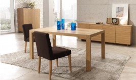Mesa de Comedor extensible fabricada en Roble Ref L132000