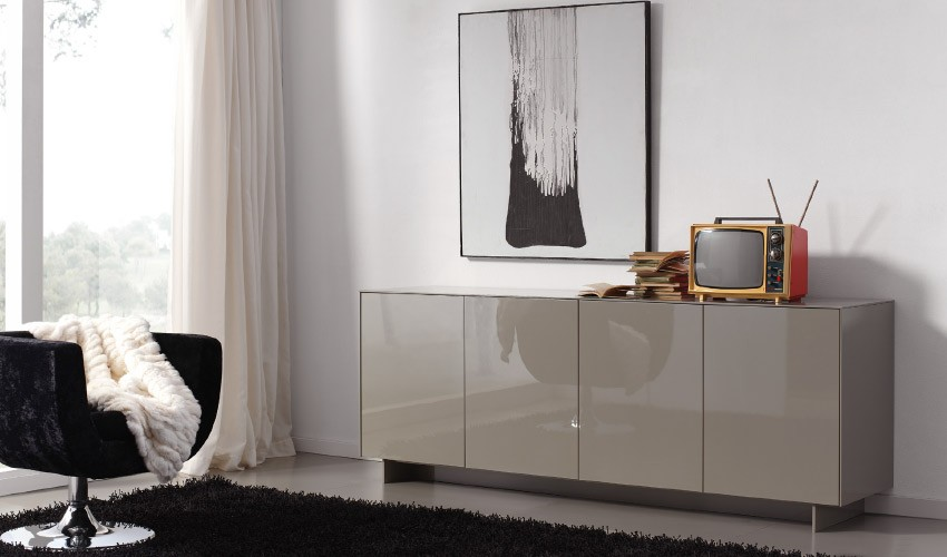 Mueble aparador de dise o lacado for Muebles de diseno online outlet