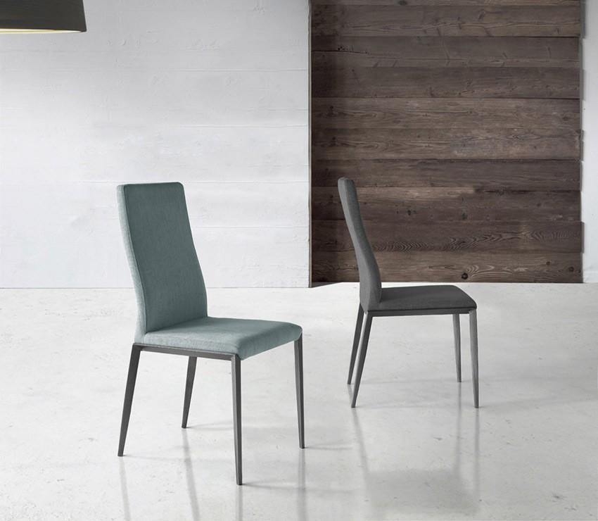 Sillas comedor clasicas tapizadas trendy silla de comedor for Sillas comedor clasicas tapizadas