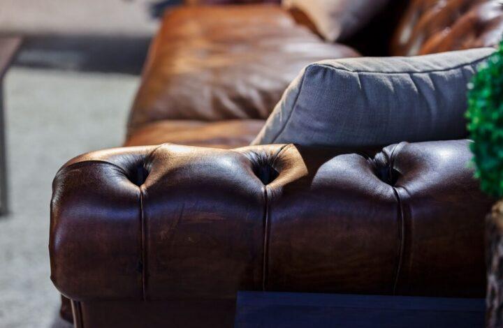 Cómo diferenciar en un sofá la piel auténtica de la sintética